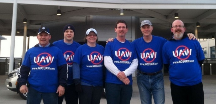Anit-union works at Volkswagen in Chattanooga